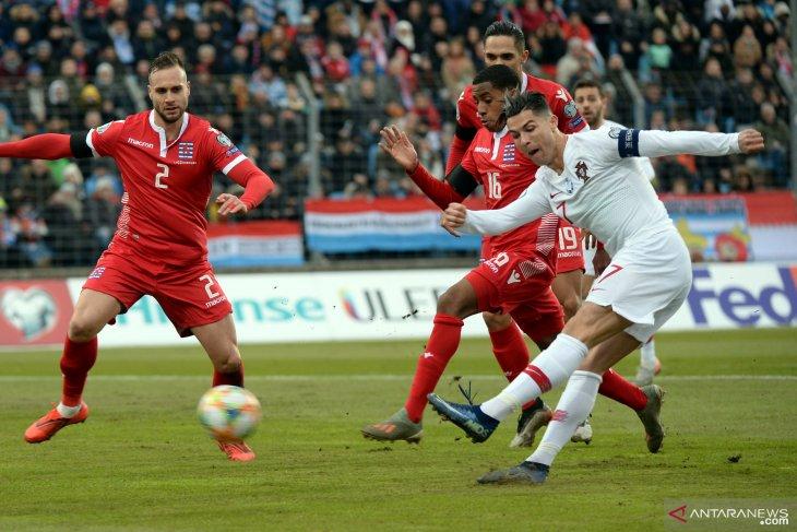 Ronaldo keluhkan kondisi lapangan ketika Portugal dijamu Luksemburg