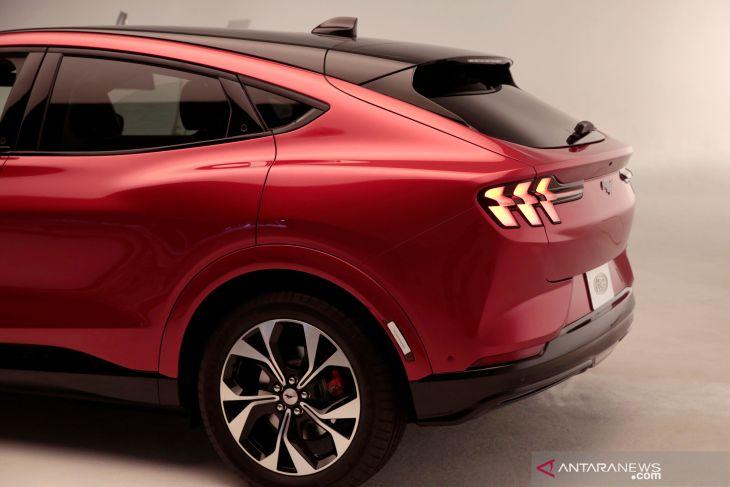 Ford tarik sebanyak 1.351 mobil dari pasar China