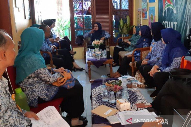 Tim DPMPPA Kota Bogor lakukan monev untuk lomba KLA di dua kecamatan