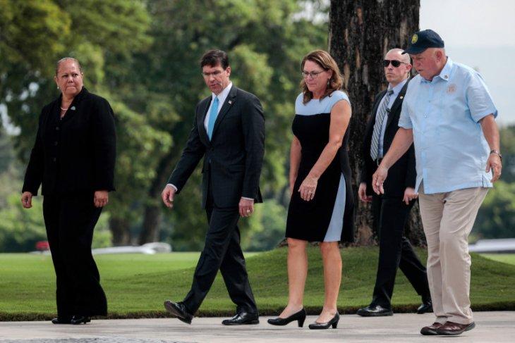 Menhan AS perintahkan pengamanan basis militer pascapenembakan di Florida