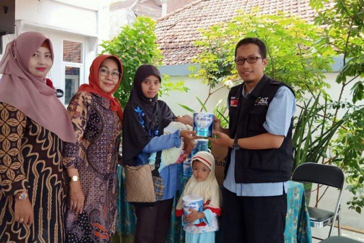 ACT Jatim salurkan susu formula untuk pemenuhan gizi balita