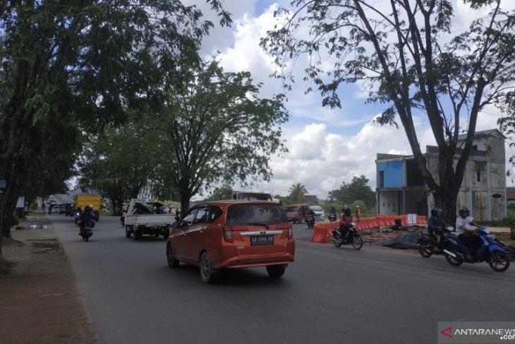 Satlantas Polresta Pontianak atur kelancaran lalu lintas di Jembatan Landak