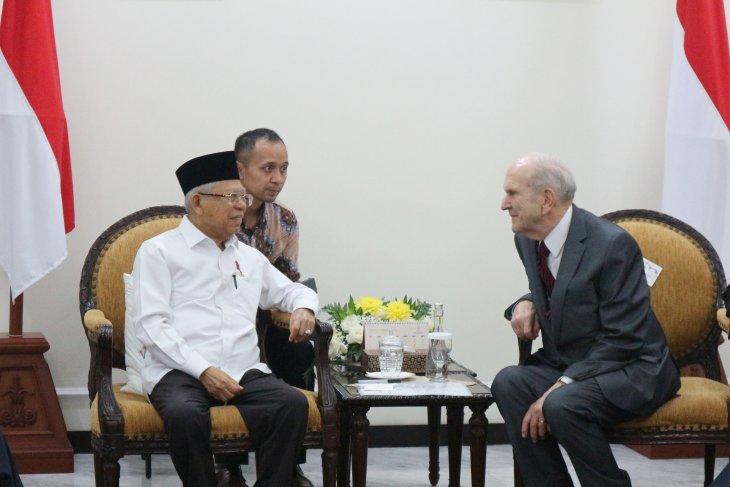 Ma'ruf Amin receives Jesus Christ's Church president Russel Nelson