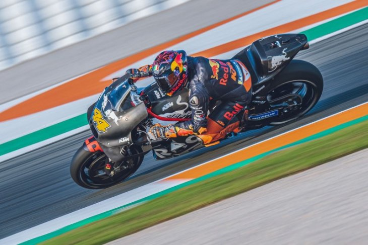 Espargaro terkesan dengan sasis baru KTM di tes pramusim