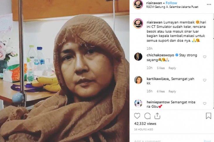 Aktris Ria Irawan meninggal