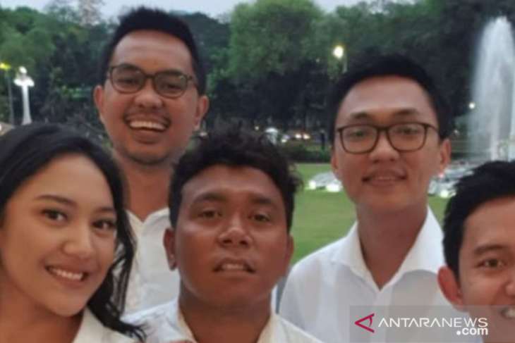 Baru berusia 23 tahun Putri Tanjung jadi Staf Khusus Presiden