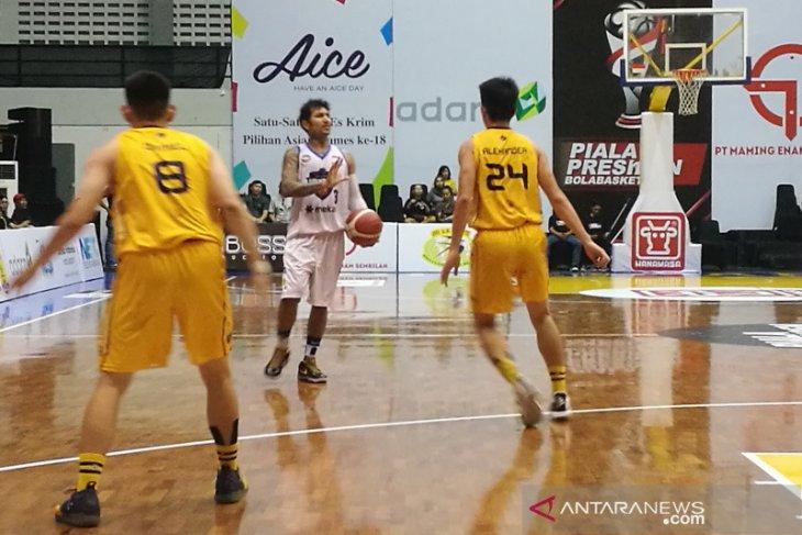 Piala Presiden Bola Basket - Hangtuah dan Satya Wacana tak gentar bertemu kembali di semifinal