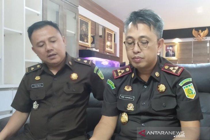 Kejari Pekanbaru lacak aset tersangka korupsi penyaluran kredit PT PER di Riau