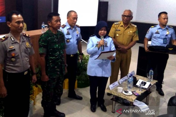 Central Java immigration authorities deport 104 foreign nationals