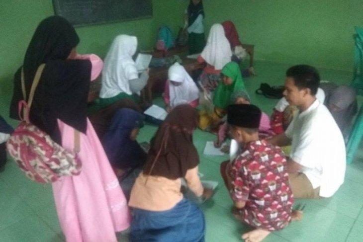Guru madrasah diniyah perlu perhatian pemerintah