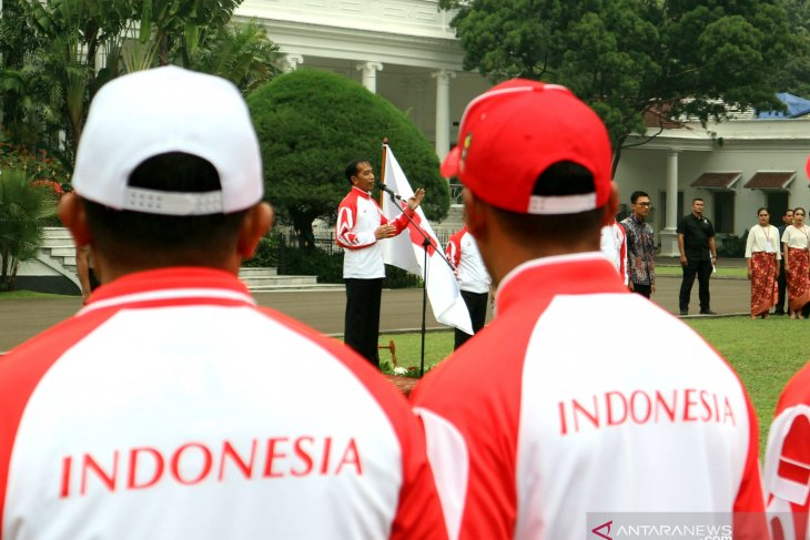 Jokowi wants Indonesia to emerge as top two at Philippines SEA Games