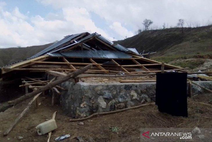 No injuries in Sumba Barat Daya quake