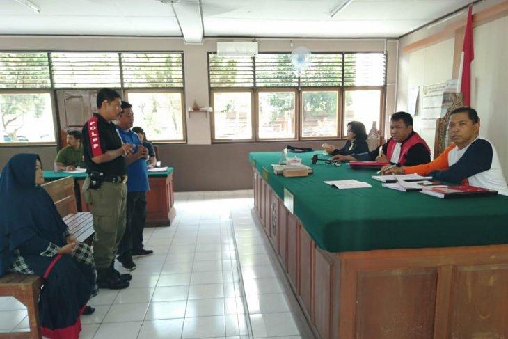 Cemari sungai, PN Denpasar kenakan denda Rp2 juta kepada pengusaha sablon batik