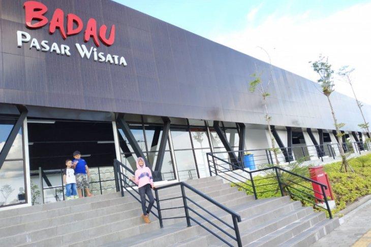Pasar Wisata Badau di batas Indonesia - Malaysia mulai difungsikan