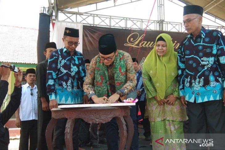Rumah Batik SMA Al-Ma'arif Pamekasan diluncurkan