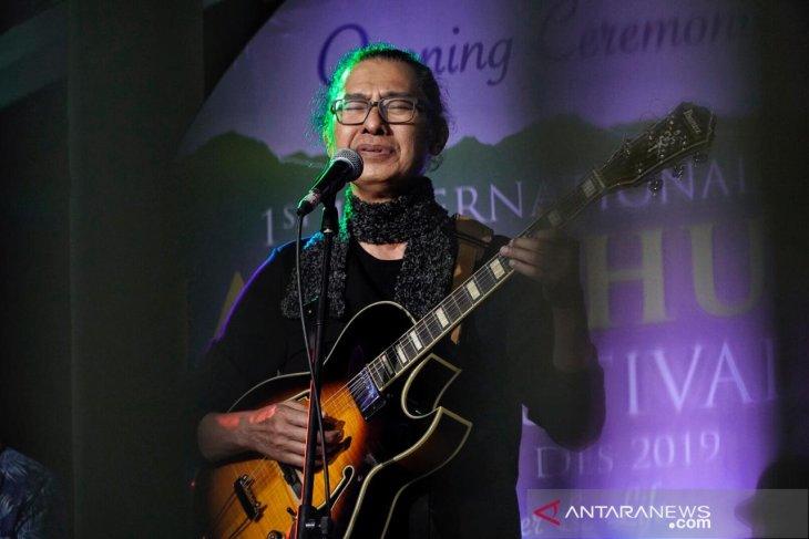 Bernostalgia bersama Ermy Kullit dan Mus Mujiono di Jatiluhur Jazz 2019