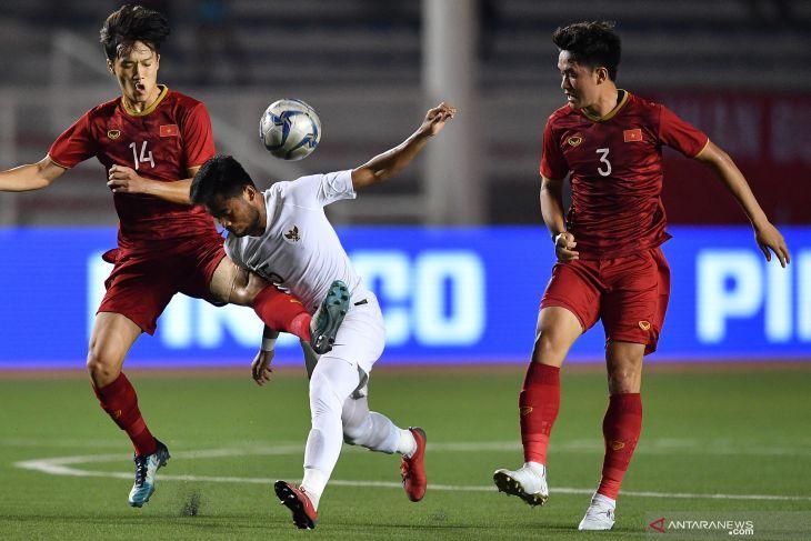 Indra Safri: timnas U-22 kalah karena taktik tak berjalan