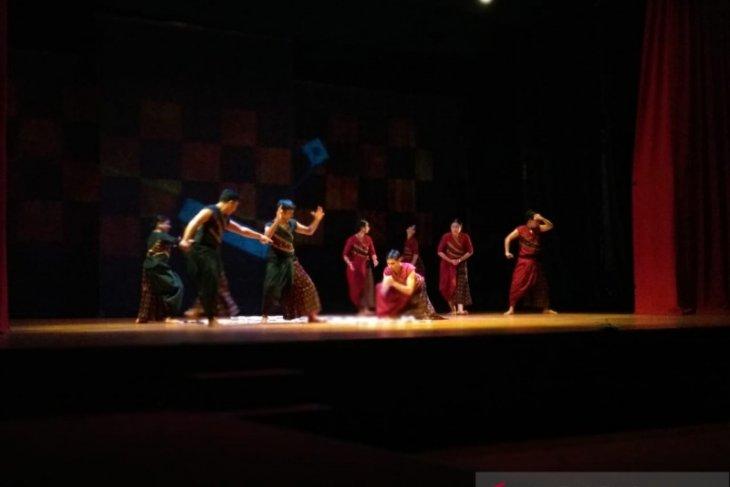 Teater tari