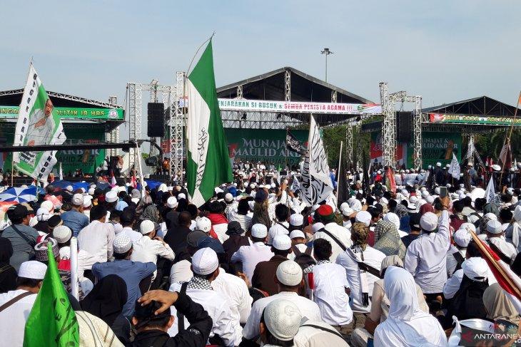 Jakarta governor vociferously lauds 212 reunion rally