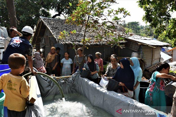 PMI Lombok Utara distribusikan air bersih untuk korban gempa