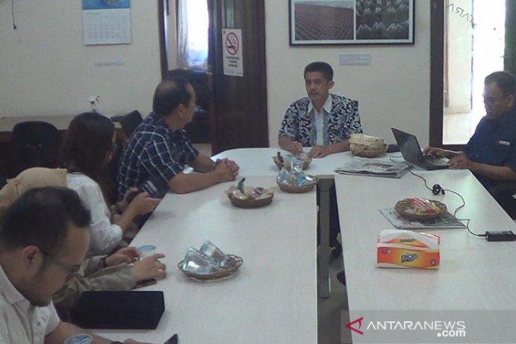Kunjungi ANTARA Bali, Kemenparekraf unggulkan unsur budaya-ekraf sambut wisatawan (video)