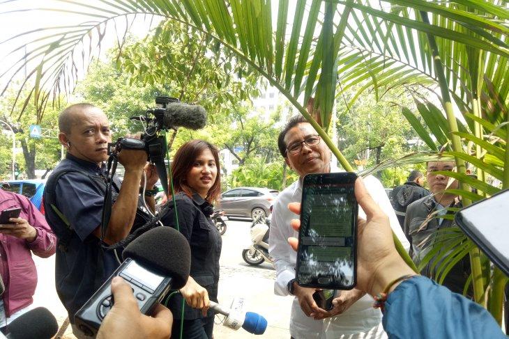 Monas' smoke grenade blast case left to police for probe: Jokowi