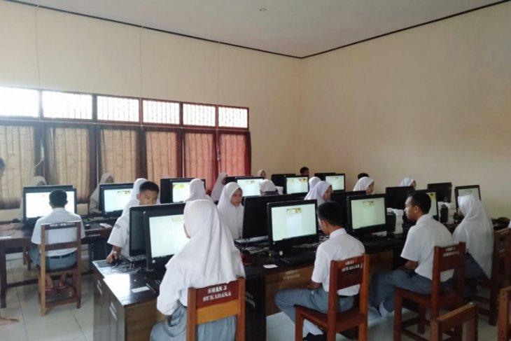 SMAN 3 Sukadana gelar UAS berbasis online
