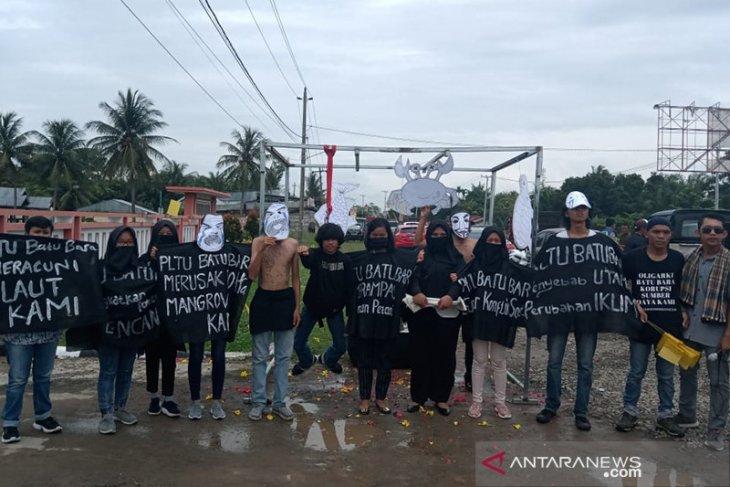 Aktivis kembali demo tutup PLTU di PTUN Bengkulu