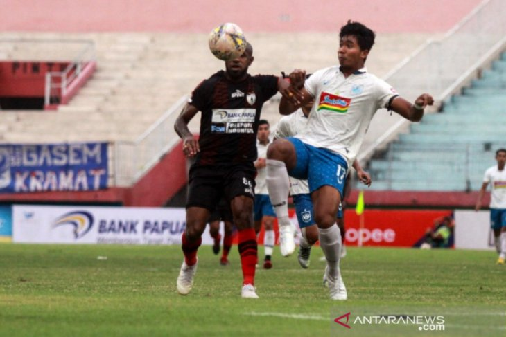 Jacksen F Tiago: Persipura menang karena lebih efektif