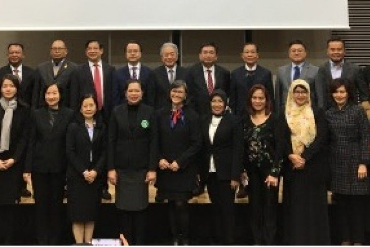 AJC organized the ASEAN Services Trade Forum in Tokyo to discuss the emerging demands for health and social services in ASEAN and its investment opportunities