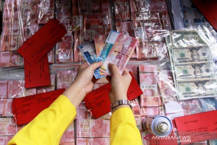 Polisi Jatim ungkap sindikat peredaran uang palsu