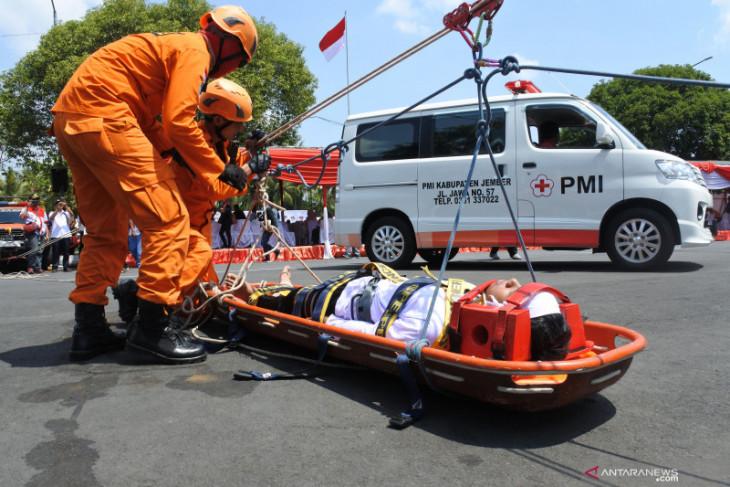 PMI Jember salurkan bantuan obat-obatan untuk TNI yang bertugas di Papua