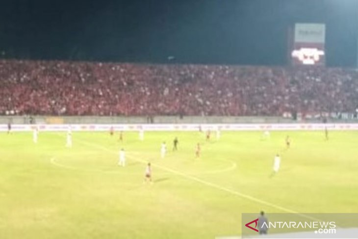 Bali United bermain imbang 1-1 dengan Persipura
