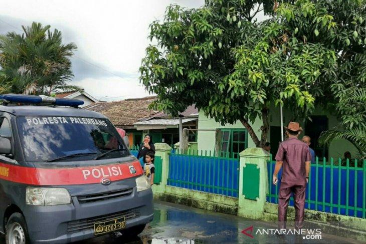 Komplek purnawirawan TNI Palembang diteror bom