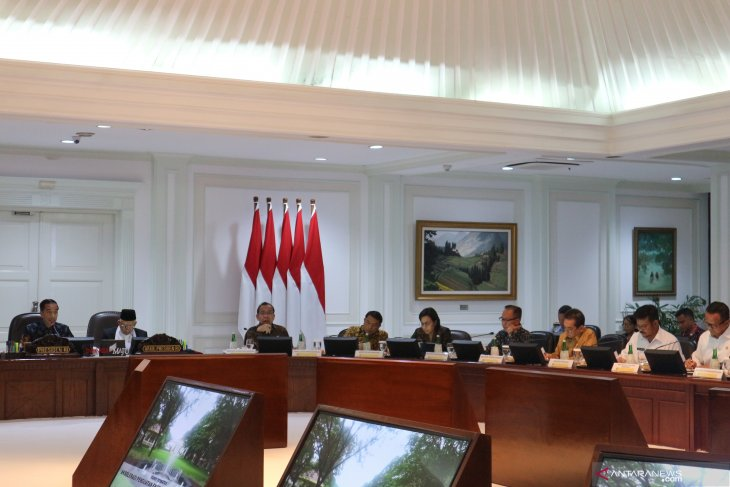Jokowi highlights economy-boosting pointers for agriculture-fisheries