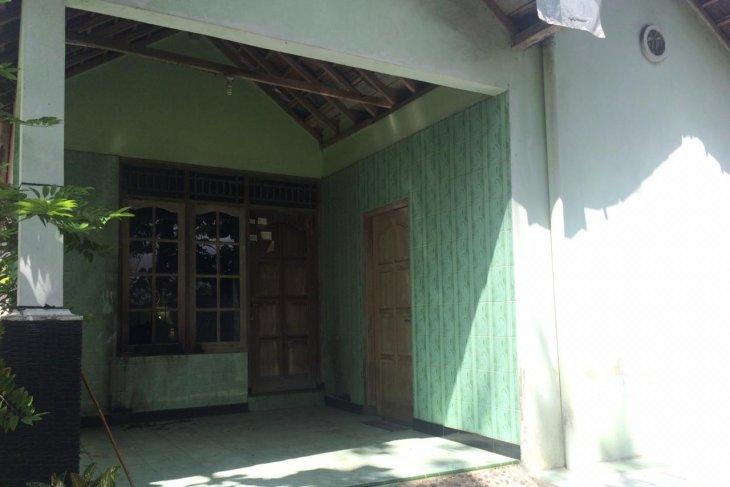 Yogyakarta's police probe Balecatur's Molotov cocktail bomb attack