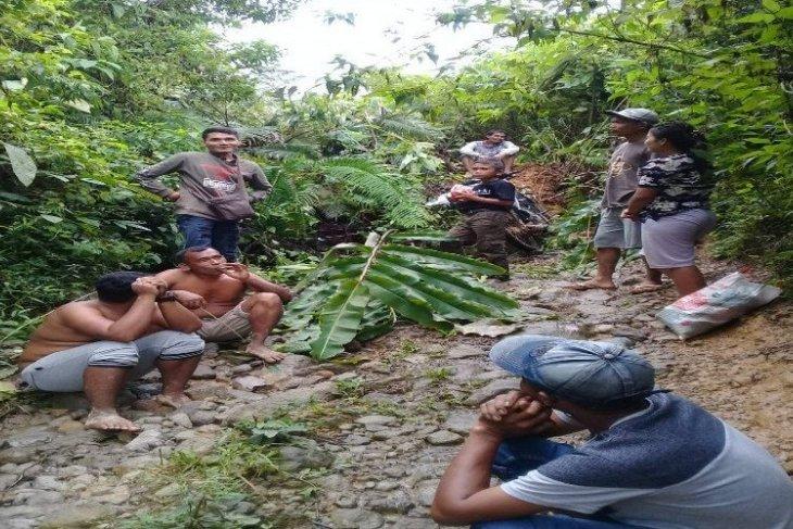 Landslide in Langkat, North Sumatra, hinders villagers' mobility