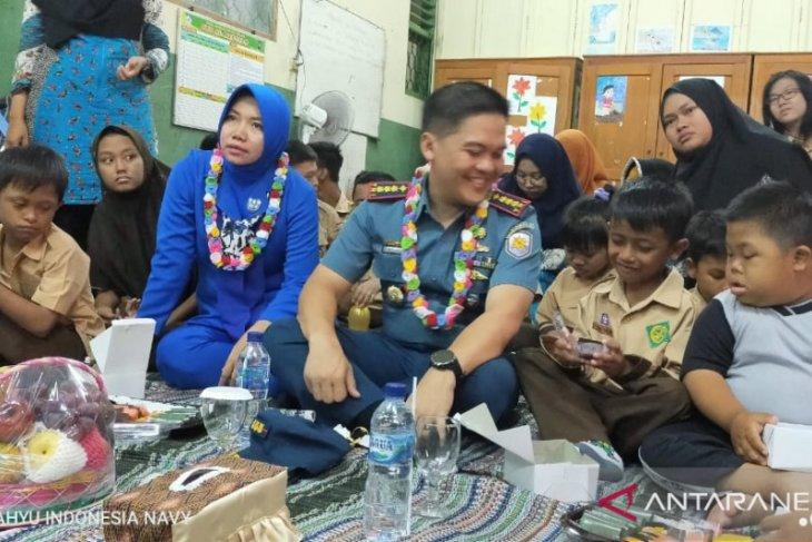 Hari Disabiltas Internasional 2019, Lanal Banten berbagi di AlKautsar