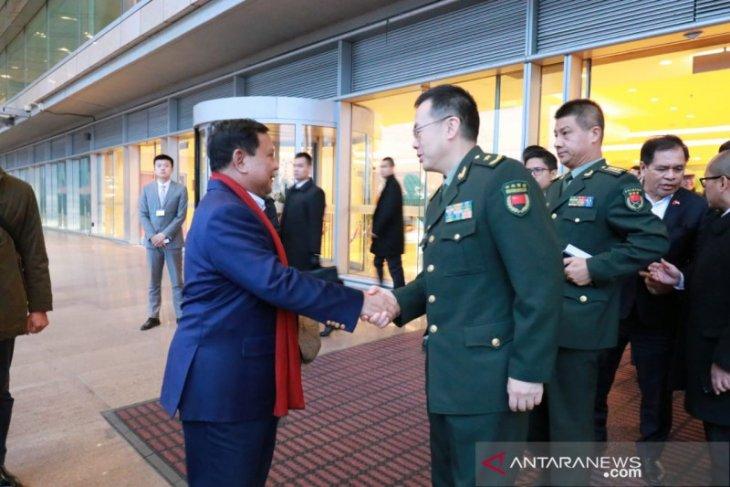 Indonesian defense minister visits China