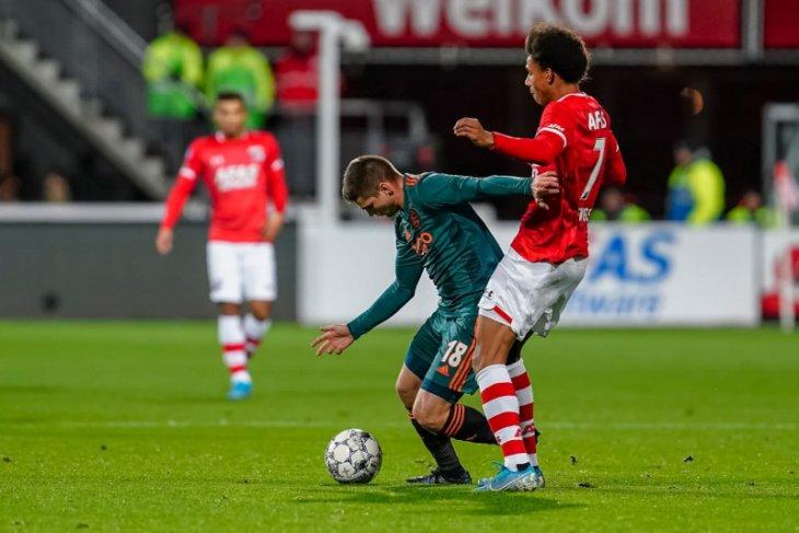 Liga Belanda, gol menit akhir Myron Boadu bawa AZ Alkmaar kalahkan Ajax 1-0