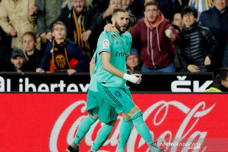 Benzema selamatkan Real Madrid dari kekalahan di markas Valencia