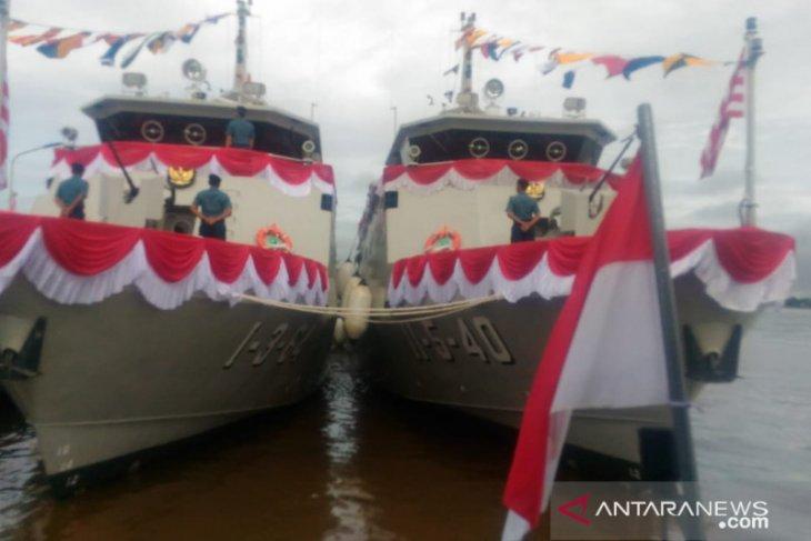 Kasal saksikan penyerahan dua kapal perang di Lantamal Pontianak