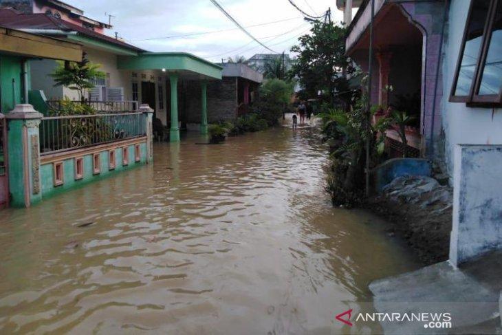 Banjir rendam hampir seluruh wilayah Kota Tebing Tinggi