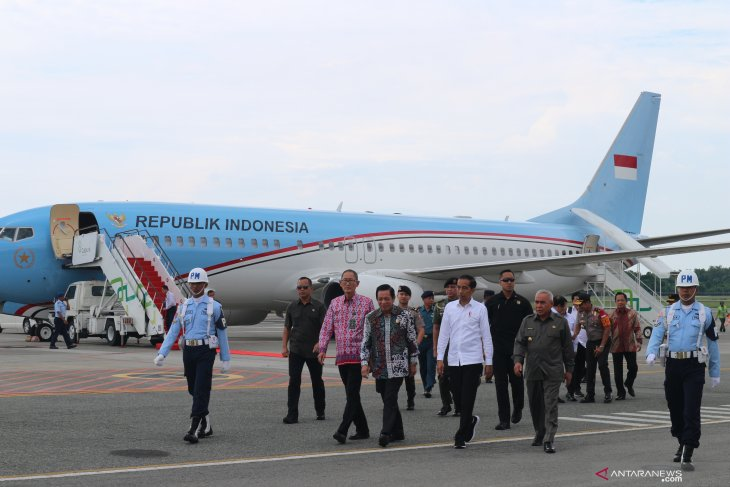 President Jokowi embarks on work visit to East Kalimantan
