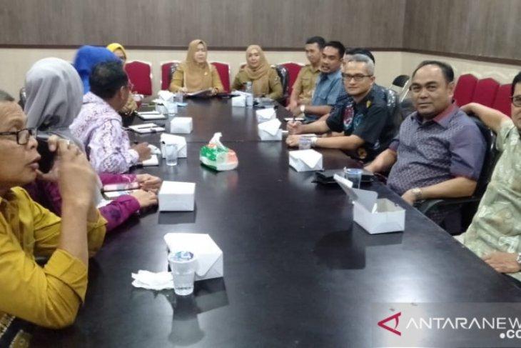 DPRD minta Pemkot Banjarmasin memberdayakan PKL