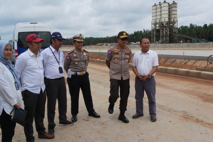 Kakorlantas imbau pemudik penuhi bahan bakar sebelum masuk Tol Trans Sumatera