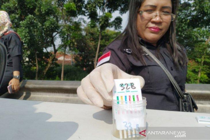 Operasi Gabungan jaring 108 sopir dan kondektur di Bogor jalani tes urine