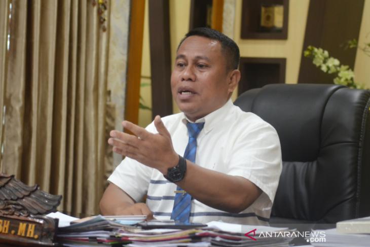 Dipolisikan Kepala Dinas Kominfo, Sekda Gorut tanggapi positif