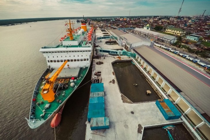 Ship quarantined at port as passengers, crew test positive for corona