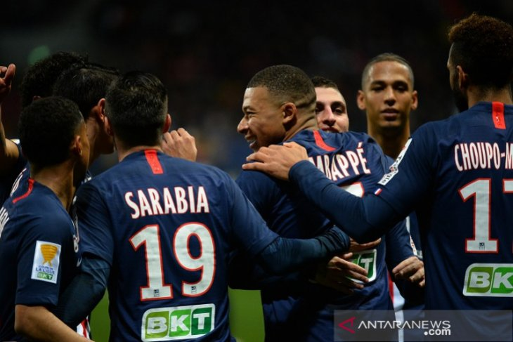 PSG, Lyon dan juara bertahan melaju ke perempat final Piala Liga